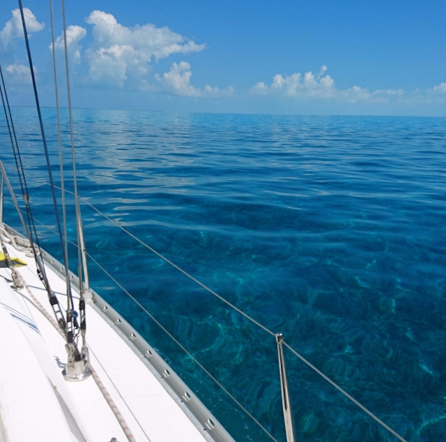 Sailing across the Bahama Banks